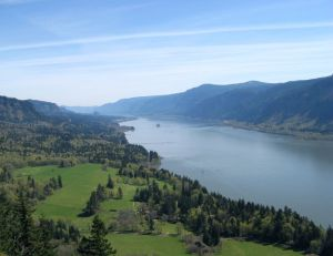 778px-ColumbiaGorge_CapeHorn