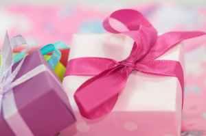 gift-made-package-loop-42231.jpeg